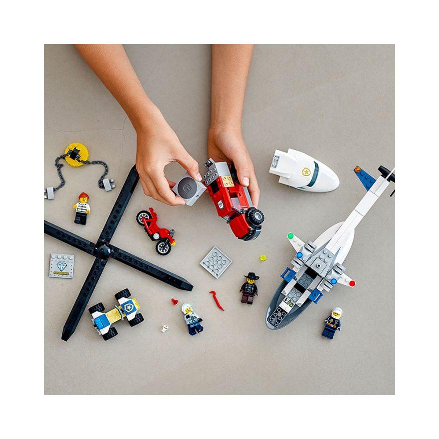 LEGO 60243  POLITIETS HELIKOPTERTJENESTE