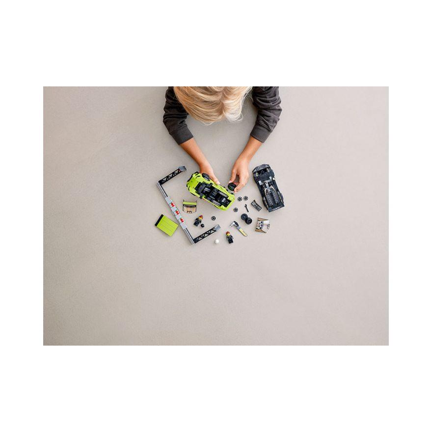 LEGO 76899  LAMBORGHINI URUS ST-X & LAMB