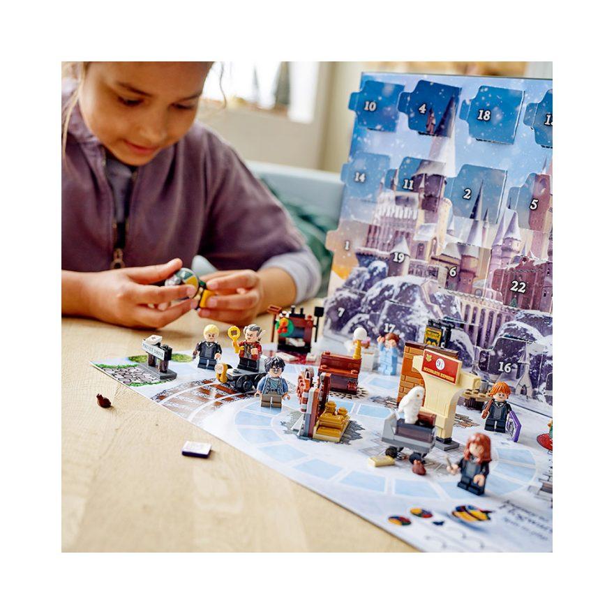 gutt leker med lego harry potter julekalender